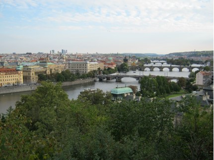 Blick vom Schloss auf die Karlsbrücke